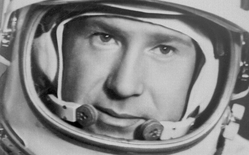 Alexei Leonov, primer hombre en hacer caminata espacial.